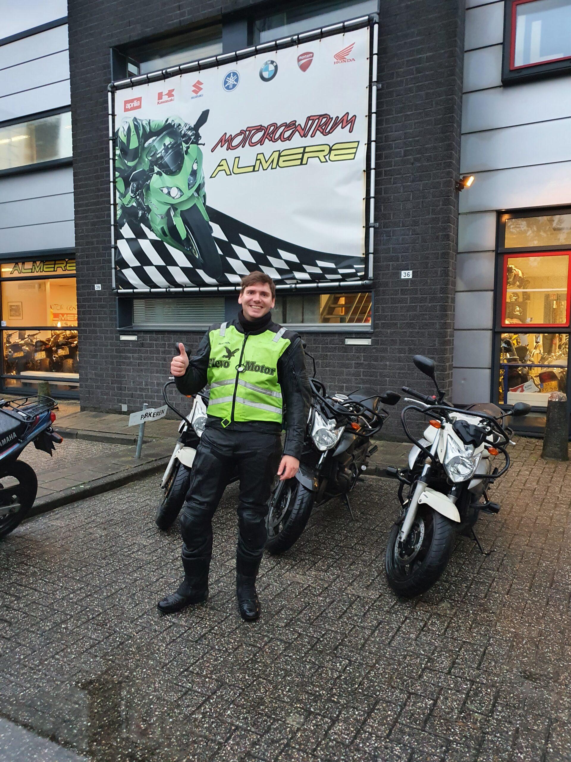 Edwin ook bij FlevoMotor geslaagd voor zijn motorrijbewijs.